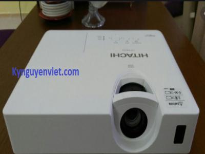 Máy chiếu cũ Hitachi CP-EX252
