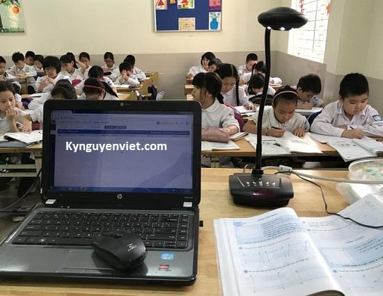 Máy chiếu vật thể dạy học trực tuyến